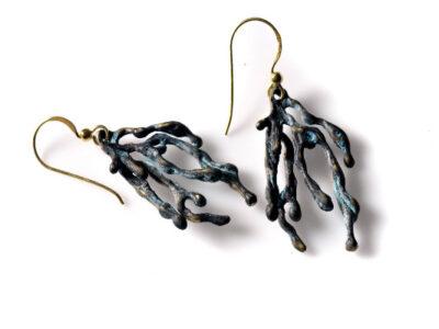 Χειροποίητο σκουλαρίκι Φύκι από οξειδωμένο ορείχαλκο