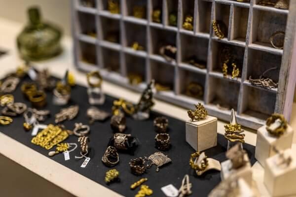 Εσωτερικό Καταστήματος - Κοσμήματα - MK Jewels