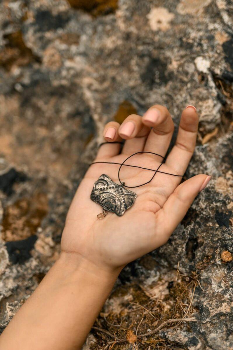 Χειροποίητο Κρεμαστό από τη σειρά Γεωμετρική Αντανάκλαση από ασήμι και ημιπολύτιμες πέτρες - σχέδιο Β
