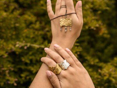 Χειροποίητο Κρεμαστό από τη σειρά Γεωμετρική Αντανάκλαση από ορείχαλκο και ημιπολύτιμες πέτρες