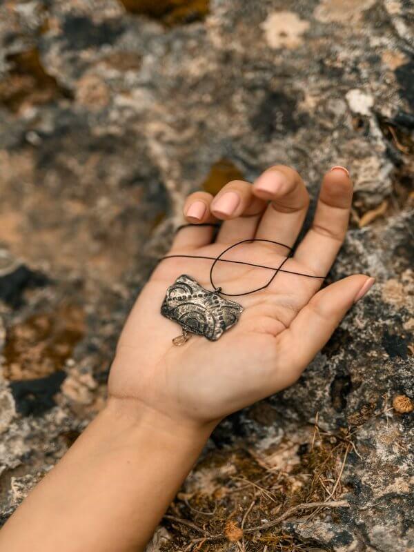 Χειροποίητο Κρεμαστό Γεωμετρική Συμμετρία από ασήμι και ημιπολύτιμες πέτρες